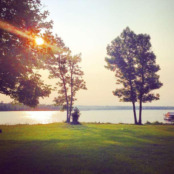 sunrise-on-the-lake